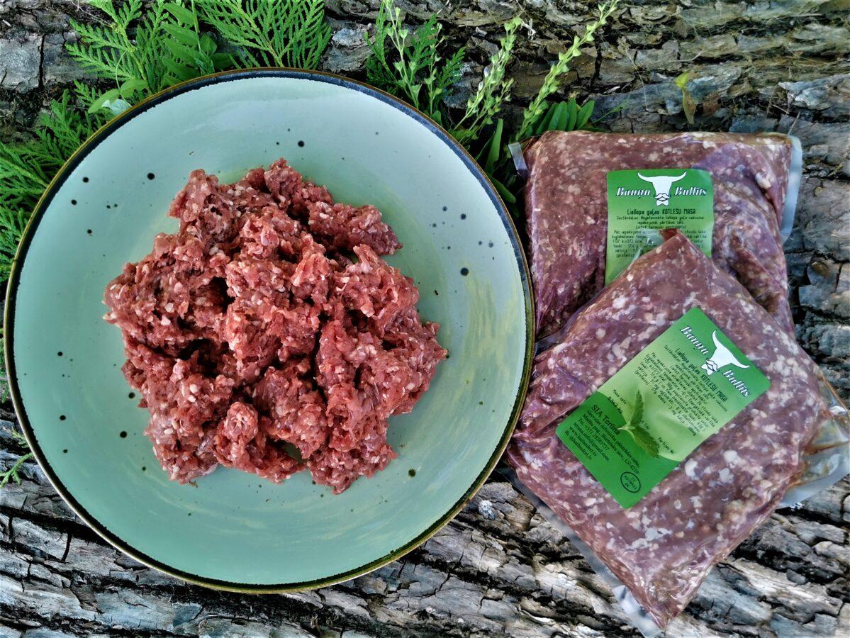 Nogatavināta liellopu gaļas kotlešu masa